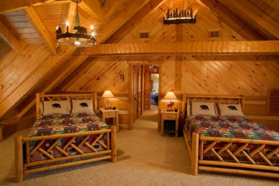 Log Home Guest Bedroom