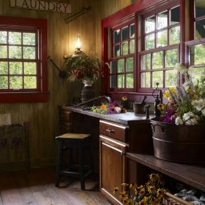 ,winston-salem log cabin