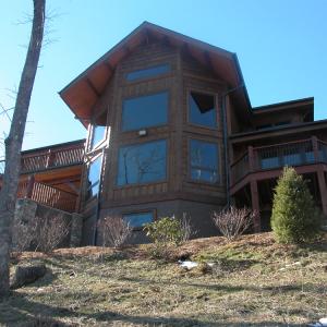 Decks and porches take full advantage of mountain views