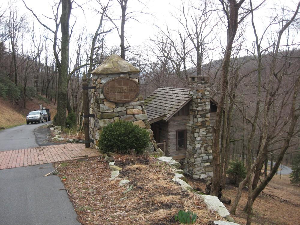 mountain contemporary home