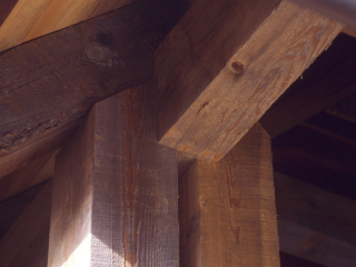 Timber frame joinery mortise and tenon