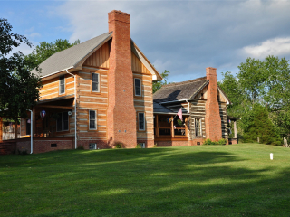 Log home addition in Virginia